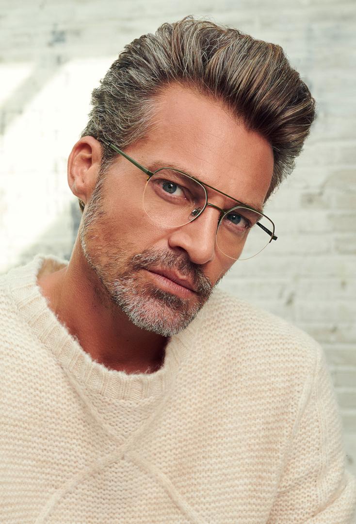 Man met Polo Ralph Lauren bril op